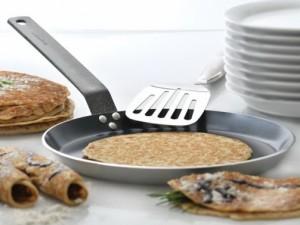 Что делать чтобы блины не прилипали к сковороде
